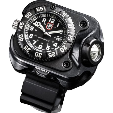 2211® Luminox® WristLight