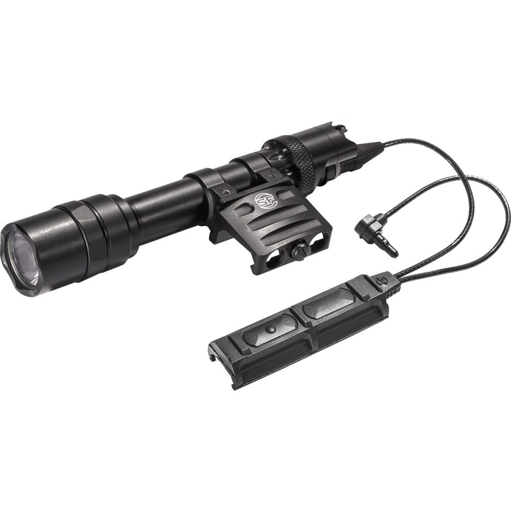M613U Weapon Light water proof with 1,000 lumens powered by 2 lithium batteries