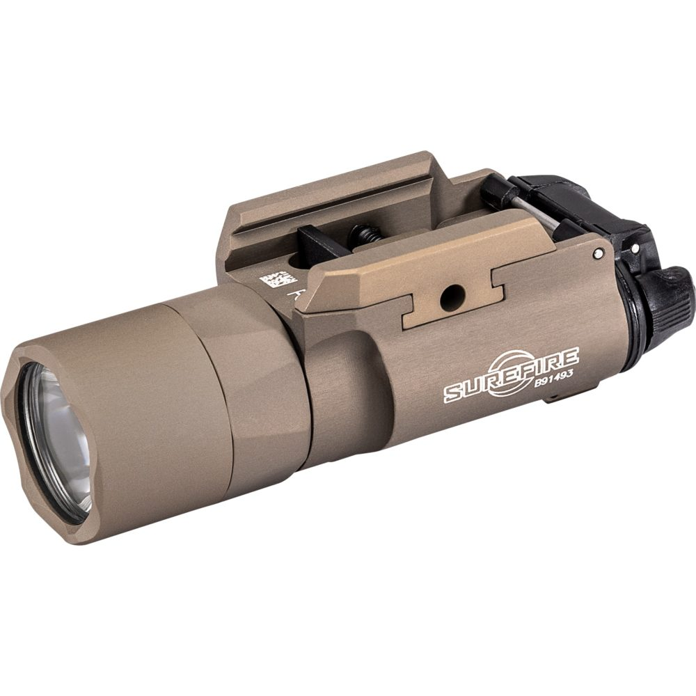 X300U-B LED Weapon Light provides 1,000 lumens and is suitable for handguns and long guns